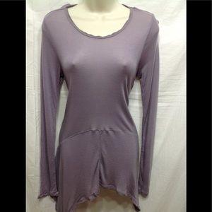 Women's size Small VERA WANG uneven hem blouse